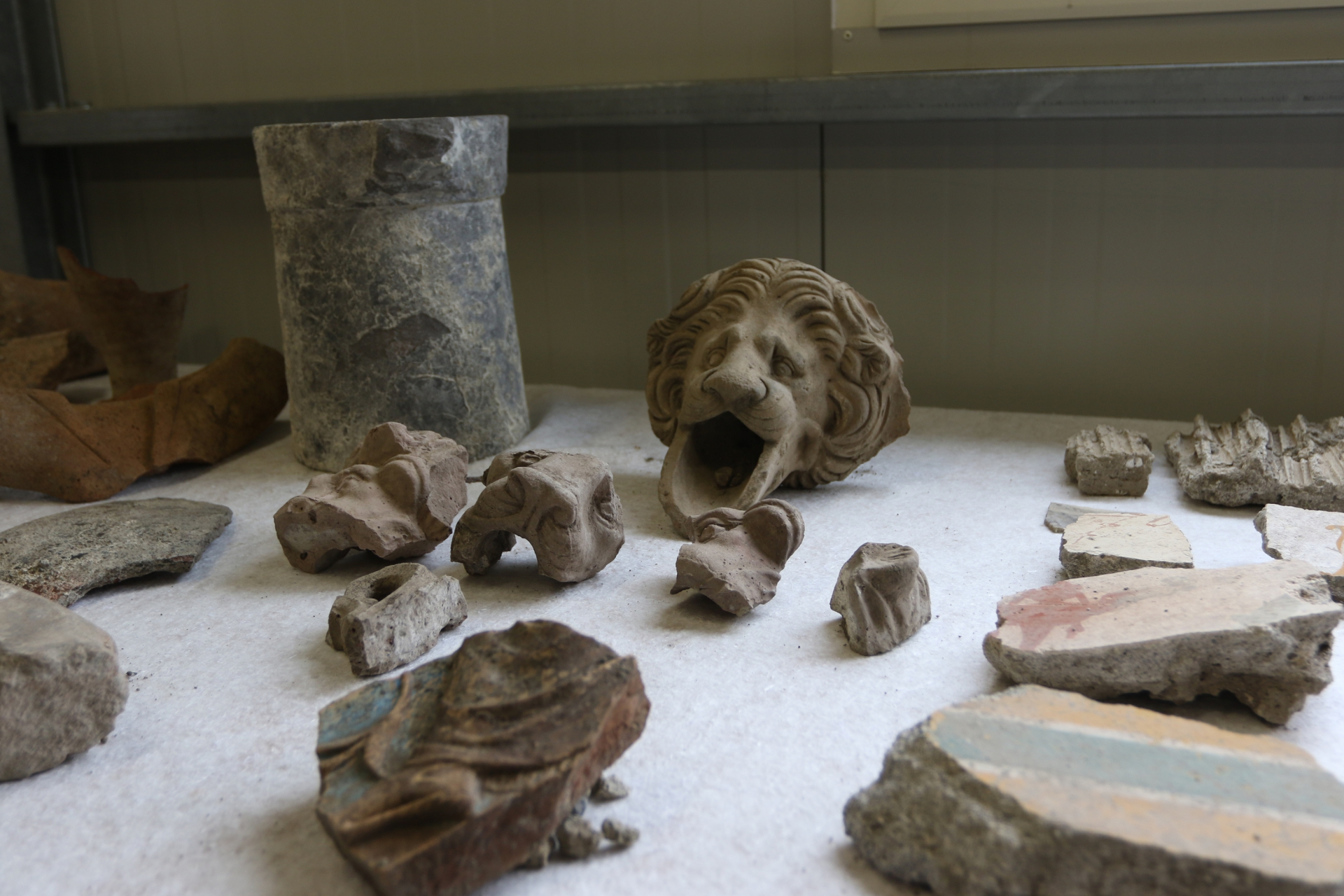 Pompei: i nuovi scavi della Regia V (foto LaPresse)