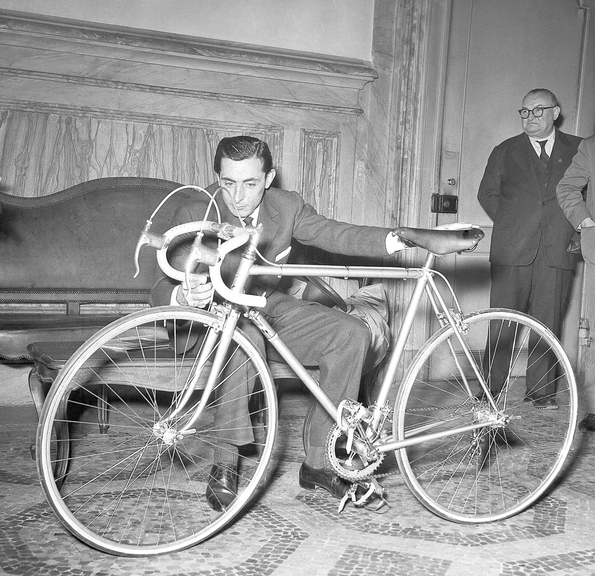 Ciclismo, Castellania ricorda Fausto Coppi a 60 anni dalla morte